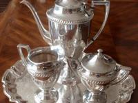 VINTAGE 4 PIECE CRESCENT SILVER PLATED COFFEE/TEA