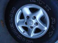 1998 1500 4x4 dodge ram RIMS. (no tires on them) I have