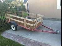 This is a nice 4x8 trailer with side rails and able to