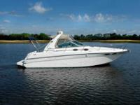 1999 Sea Ray 290 SUNDANCER This 1999 Sea Ray 290