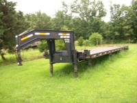 Horton Heavy Haul Gooseneck, 12,000 lb oil bath axles