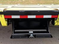 (502) 563-1243 40 ft. Gooseneck trailer/ WIDE ramps