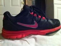 I have a pair of women's Nike's. I think they are Free