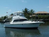 Description 40' Rivera Aft Cabin Motor Yacht -