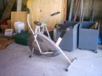 Stamina Exercise Bike, Dual mode with handle bars that