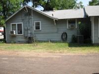 1 bedroom 1 bath duplex for rent in Van  $400 monthly