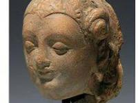 3rd century Century AD. Clay sculpture with a small