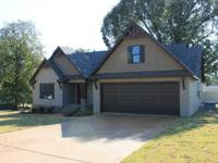 NEW CONSTRUCTION! 3BR,2 BA! Open Floor Plan without any