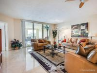 Luxurious three bedroom and three bathroom condo in the