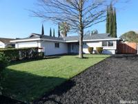 Immaculate, just recently remodeled/updated 4bd/2bth