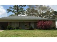 This adorable 3bedroom 2bath home sits on a nice sized