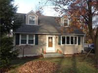 Charming three bedroom cape cod. large office, eat in
