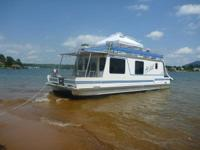 Catamaran Cruiser Vagabond 40ft HouseBoat stored