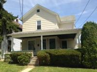 621 Summit Avenue - Newly carpeted, 2nd floor, 1 BR, 1