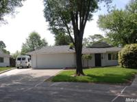 Very Nice Home in a Very Nice Culdesac Location. Owners