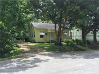 416 Virginia Street Super cute 2/1 remodeled home with