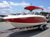 Like new 2008 Chaparral 244 Sunesta deck boat for sale