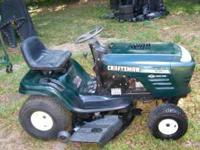 "42"" craftsman riding mower 19.5 HP briggs engine in"