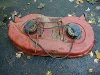 "42"" MTD yard tractor mower deck deck has rust but in"