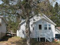 Michigan Home For Sale! This charming home is located