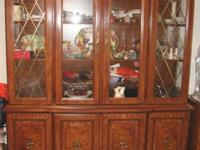Broyhill China Cabinet This china cabinet with 2 glass