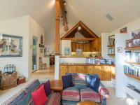 Listen to Cornet Creek babble by this wonderful duplex