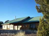43 acres, Cabin with spectacular views. This 2 bed 2