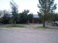 Great Horse property, in cool Sonoita. Absolutely the