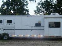 2005 Exiss XT/414 Horse Trailer, we are ready to sell
