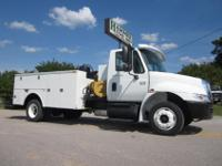 "2007 International 4300 11' x 96"" Omaha Utility/Service"