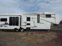 2009 CARDINAL 34.5RL(40 feet) fifth WHEEL, four SLIDES