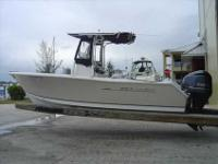 2011 Sea Hunt 225 TRITON This 225 Triton is the most