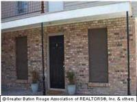 Perfect place in the heart of LSU! Ground floor condo,