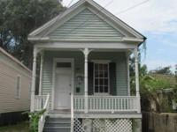 1104 CAROLINE AVE 1/1 $445 Historic living at its