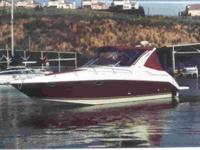 Our Regal 3260 Commodore is a sweet Cruiser with much