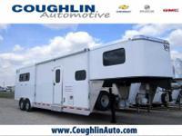 2012 SHADOW three HORSE SLANT LOAD GOOSENECK WITH 10.5