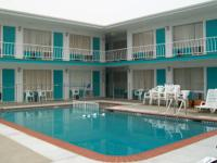 Mini trip 5 nights upgraded NWW condo - just 100 steps