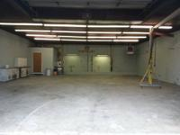 Tidy 2,000 square foot shop. Can be utilized for many