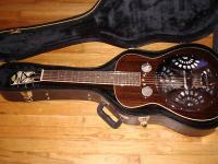 Hi up for grabs is my Regal RD-52 Black Lightning with