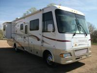This is a Lightly Used 2006 Damon Daybreak 3272 is a