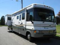 2005 Winnebago Voyage smoke free Model # 2005 WFF35D.