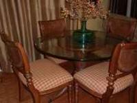 "48"" Glass Round Table and 4 Chairs. Jaclyn Smith Home"
