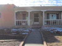 Nice home in the south UNM area near Kirtland, Sandia,