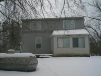 Cambridge, MN 2 Bedroom 1 Bath House. Available for