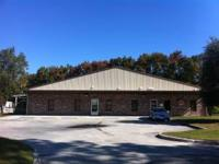 Large office with warehouse space conveniently located