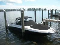 2004 Sea Ray 290 BOW RIDER The Sea Ray 290 BR can only