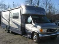 2006 Forest River Lexington 283GTS 3 Slides, full body