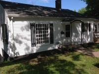 Nice Two bed rooms house with Sunroom off of the