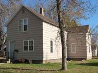 Remodeled two bedroom main floor duplex in Brainerd