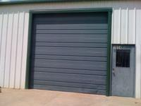 800 sf. Shop/Warehouse Space, this space includes one